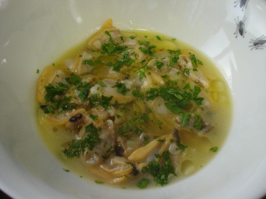 Almejas semicrudas en otra salsa verde y concha pinza - Salsa verde para almejas ...