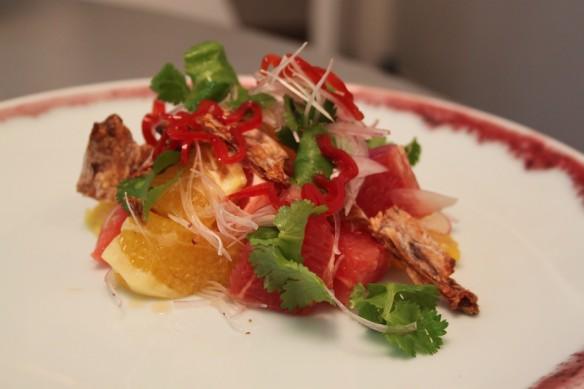ensalada cítricos y calamar