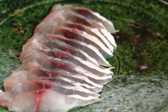 jurel sashimi