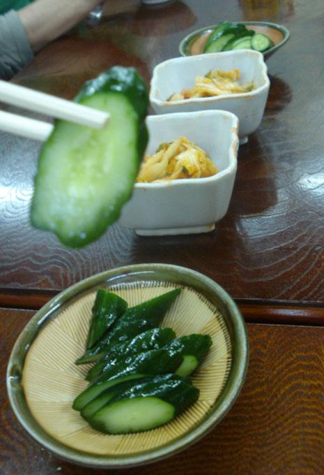 pepinos y kimchi
