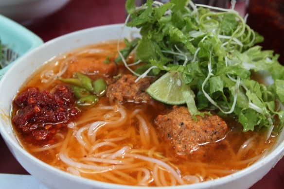 pork meatballs noodles