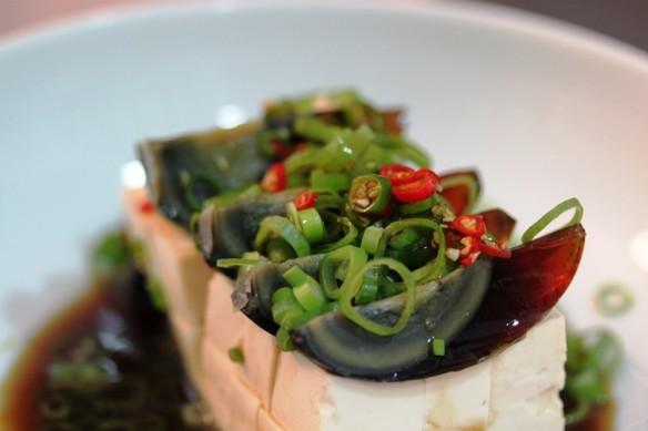 tofu huevo milenario